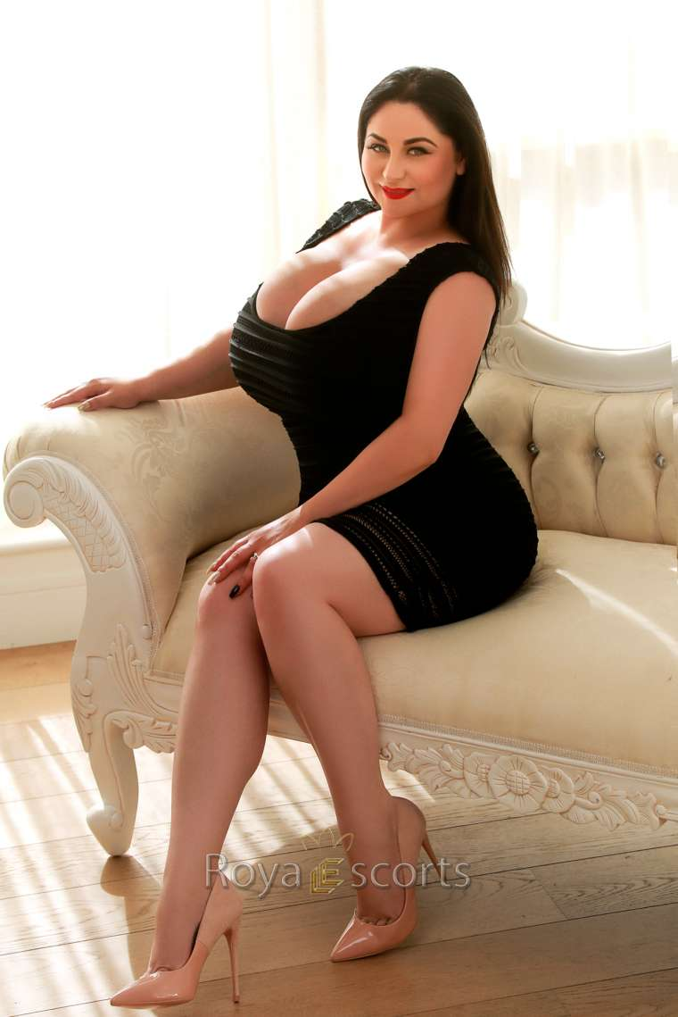 24/7 Busty London Escort - Alona