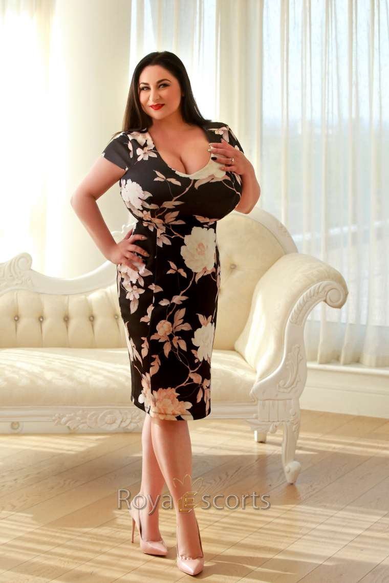 Busty 24/7 London Escort - Alona