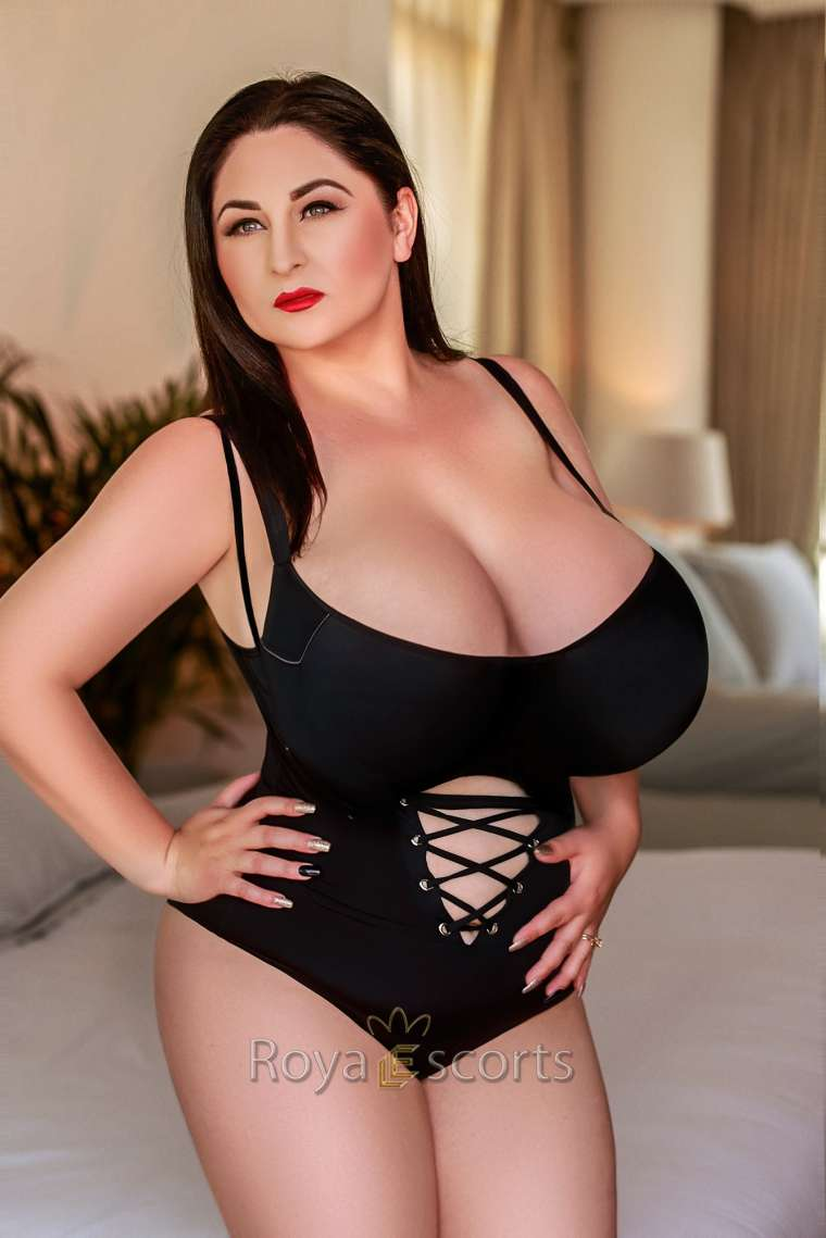 Super Busty 24/7 London Escort - Alona