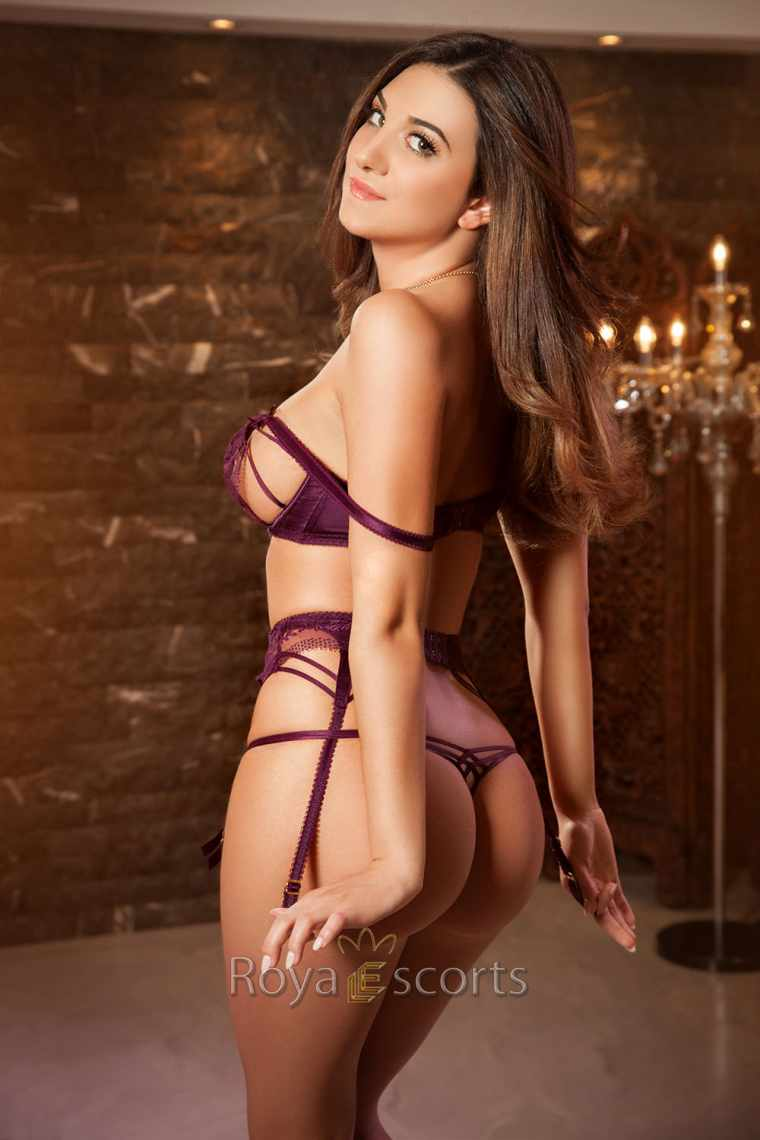 Central London Escort Party Girl - Ava