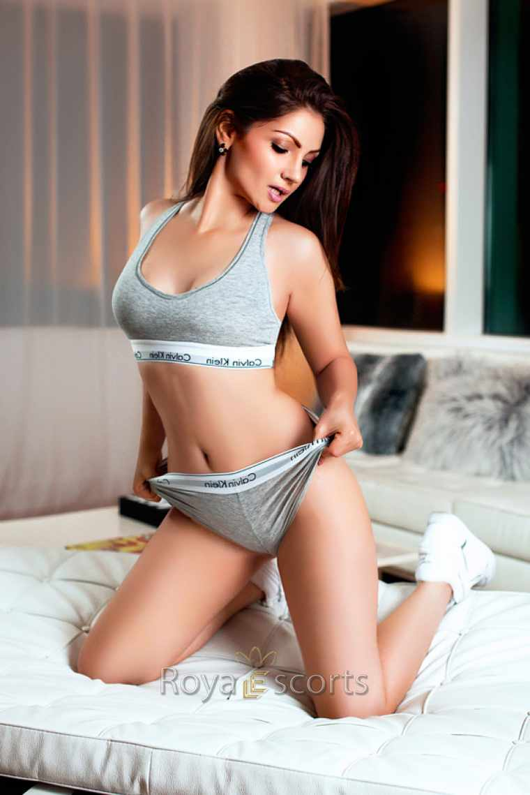 ONLINE ESCORTS IPHONE HOOKUP APP