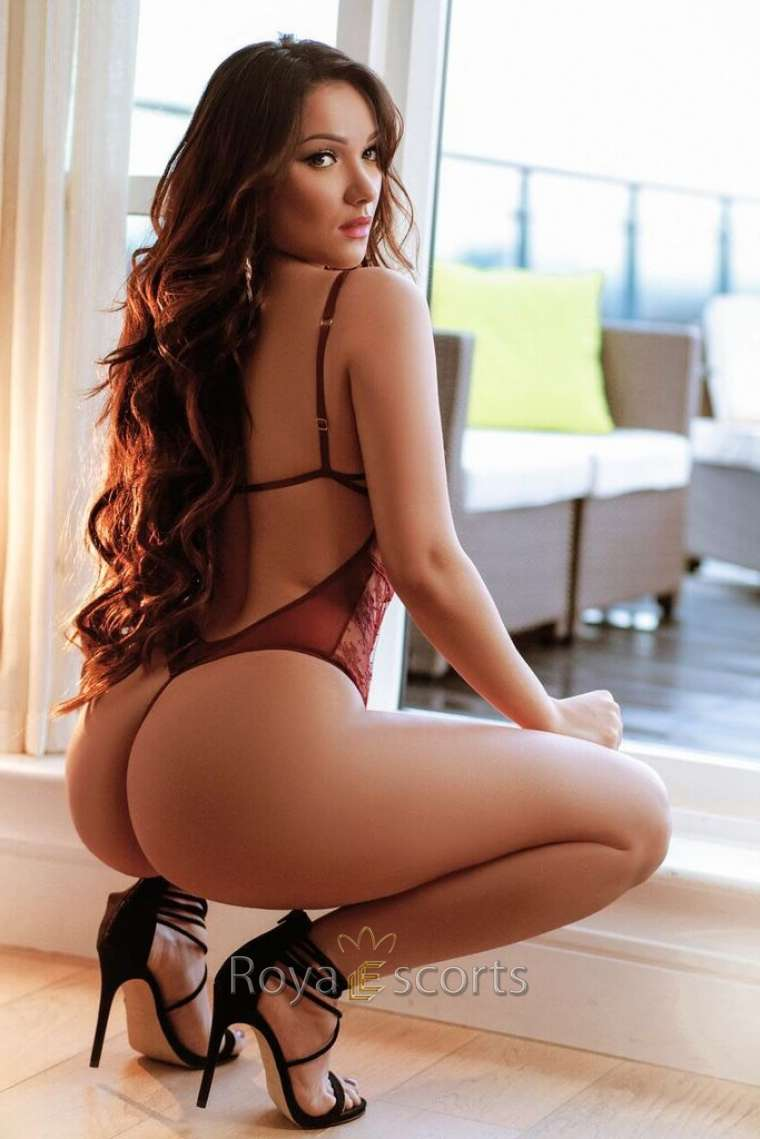 Young Brazilian Central London Escort
