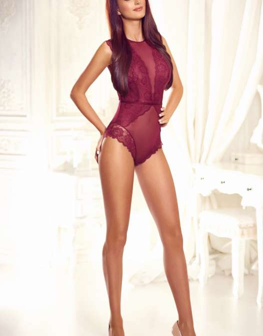 Tall Central London Escort - Kendall