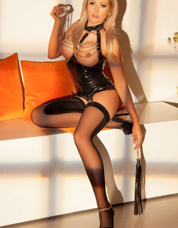 24/7 Dominatrix London Escort Alessia
