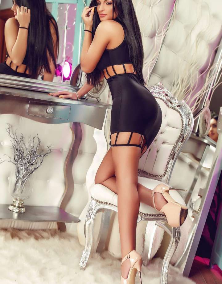 24/7 Central London Escort - Amina