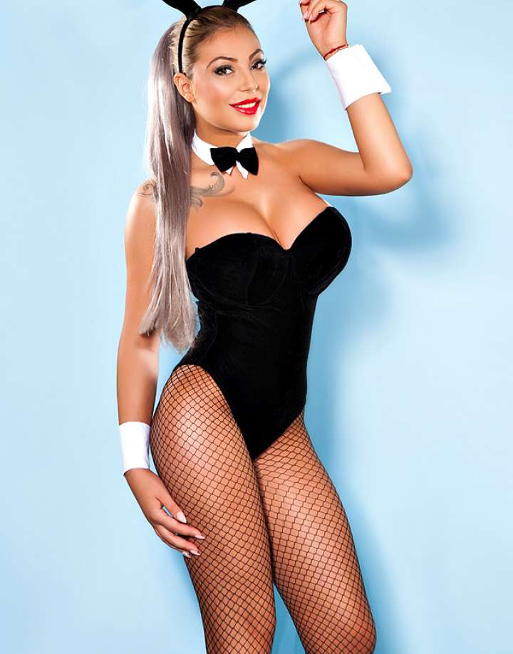 69 Busty Central London Escort Anja