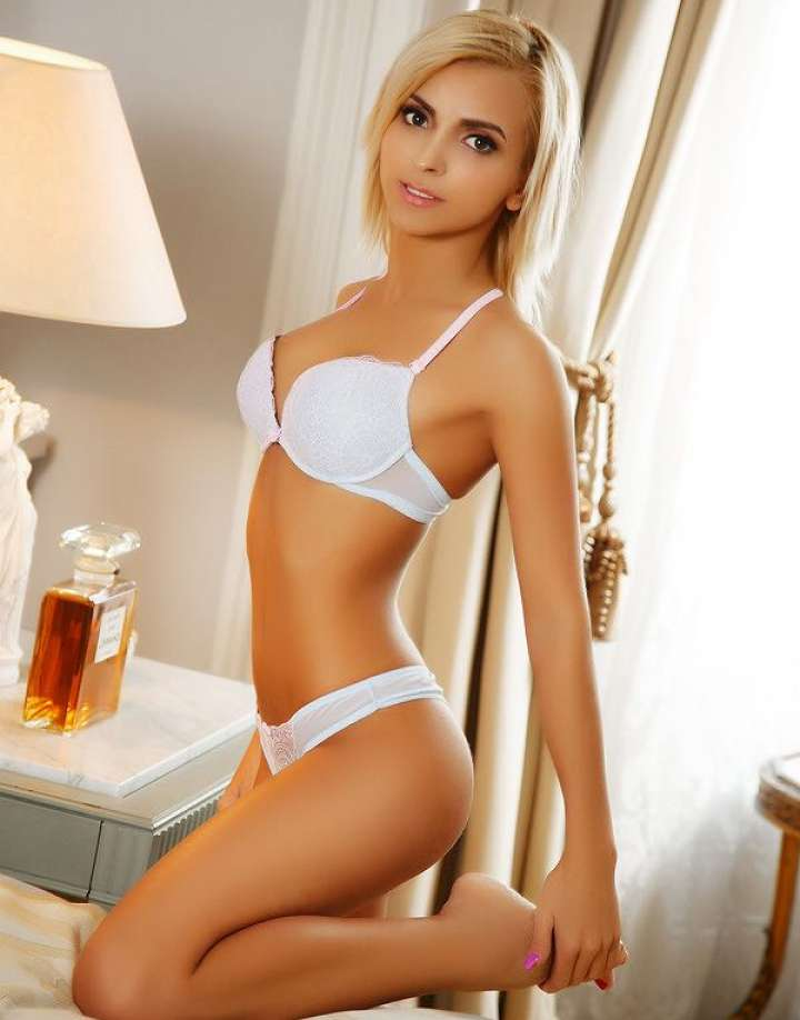 South Kensington Escort Debbie