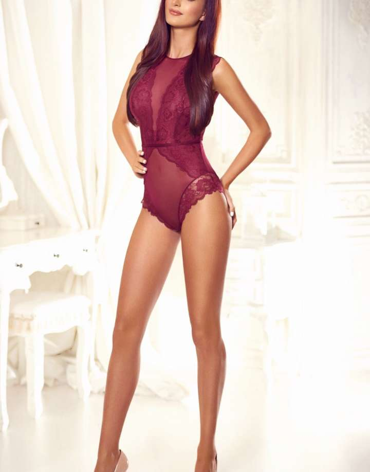 Tall South Kensington Escort - Kendall